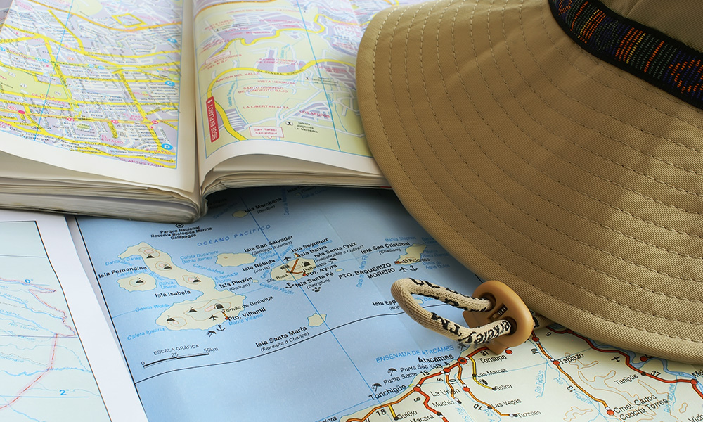 Visiting, Hat and Map of Islands