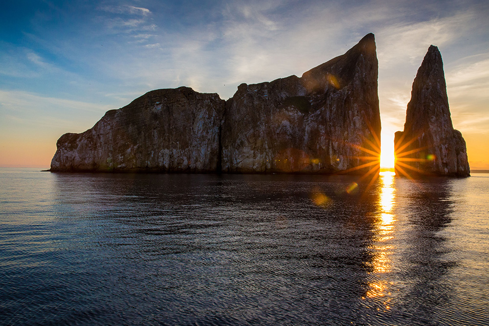 Landscape 2nd place - Sunrise at Kicker Rock by © Jonathan Giroux