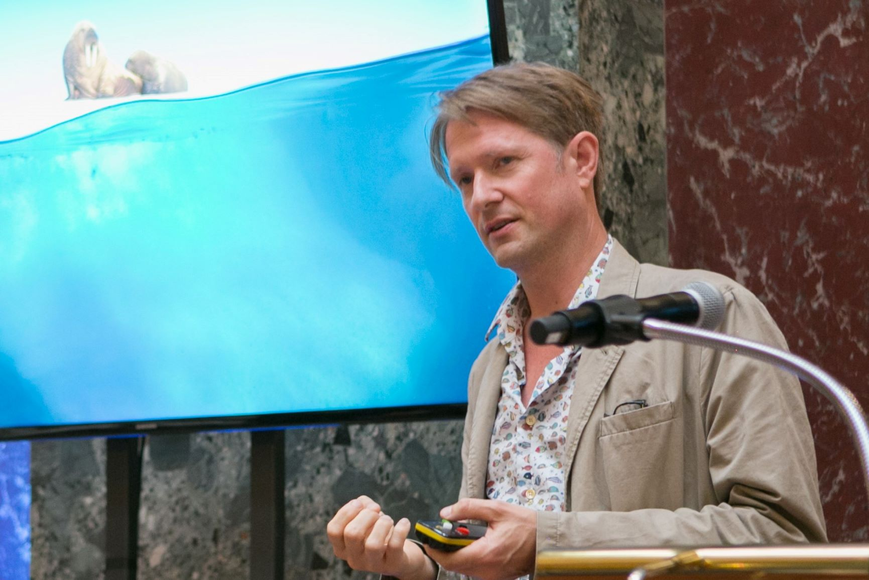 Mark Brownlow talking about BBC Blue Planet II - Oceans Garden Party 2018 © Akemi Yokoyama